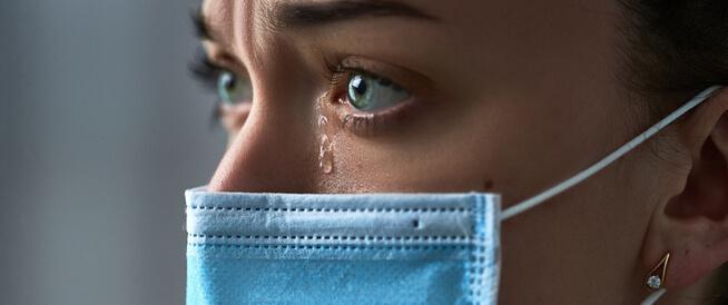 دراسة: جائحة كورونا زادت من انتشار الاكتئاب، بالأخص بين النساء