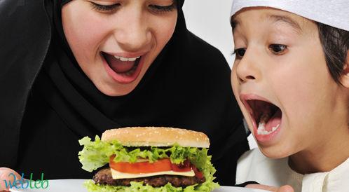 دراسة: تناول الأطفال للوجبات الجاهزة بكثرة يضر في تحصيلهم الأكاديمي!