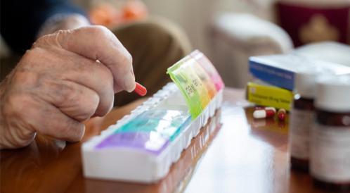 تنظيم الأدوية في السحور: هل تقوم به بشكل سليم؟