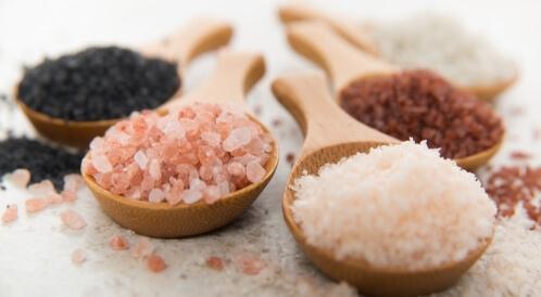اختبر معلوماتك عن أنواع الملح وفوائده