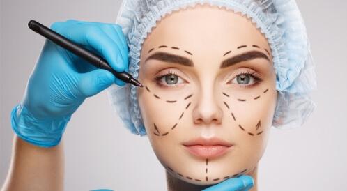 حقائق وخرافات عن عمليات التجميل