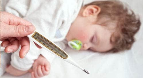 طرق قياس حرارة الطفل