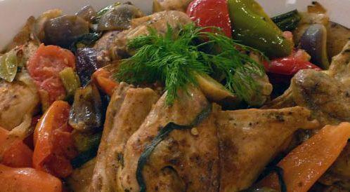وصفة لتحضير صينية الدجاج والخضروات مع جوز الهند بطريقة صحية