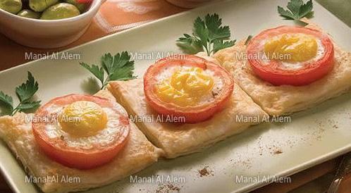 وصفة لتحضير فطائر البيض بالطماطم بطريقة صحية