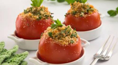 وصفة لتحضير طماطم محشية بالجبن بطريقة صحية