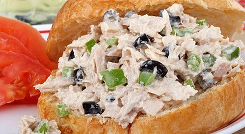 وصفة لتحضير ساندويشات سلطة تونا بطريقة صحية