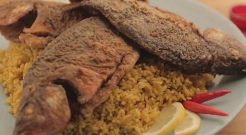 وصفة لتحضير السمك المقلي مع الارز المبهر بطريقة صحية