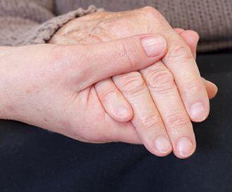 علاج الباركنسون: من الأدوية والجراحة ولغاية اليوجا!