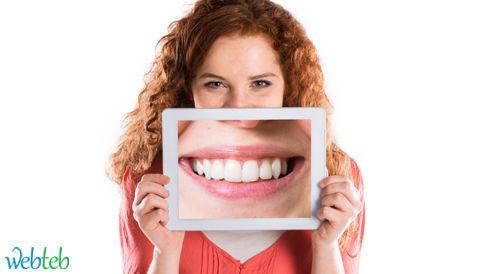 بالصور: 10 عادات تضر بالأسنان