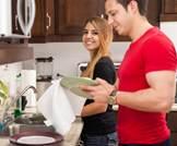 مساعدة الزوج في المنزل