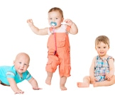 نمو الطفل في السنة الأولى