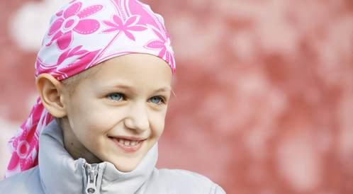 كيف يمكننا دعم الطفل المصاب بالسرطان؟