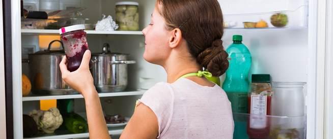 أطعمة سيئة قد تتواجد في ثلاجتك دون معرفتك