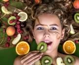 10 أطعمة لشعر صحي