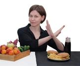 أطعمة عليك التوقف عن تناولها