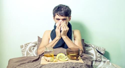 أفضل وأسوأ المشروبات للمصابين بالبرد