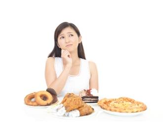 7 أطعمة عليك تجنبها إذا كنت تعاني من القلق أو الاكتئاب