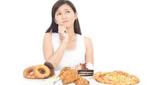 أطعمة عليك تجنبها في حالة الاكتئاب
