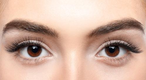 ماذا يقول لون عينيك عن صحتك؟