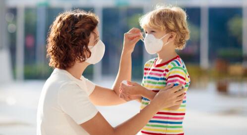 الأطفال وفيروس الكورونا المستجد