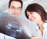 بالصور: كيف يتم علاج جذور الاسنان