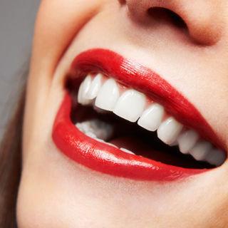 العناية الصحيحة والسليمة بالأسنان