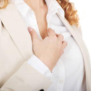 تقرحات وألم في الثدي