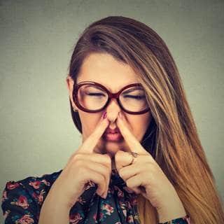 التخلص من رائحة المهبل الكريهة