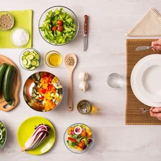 السيطرة على اعراض سلس البول بالغذاء