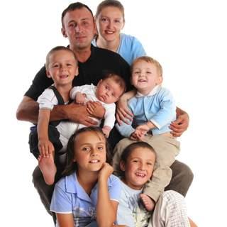العائلات المتعددة الافراد