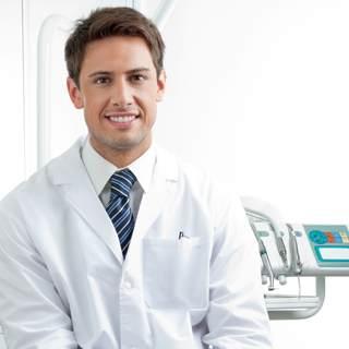 الزيارات المتكررة لدى طبيب الأسنان