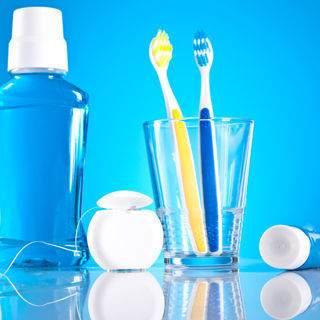 غسول الفم، الخيط وفرشاة الأسنان
