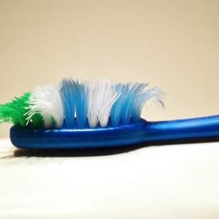 استبدل فرشاة الاسنان