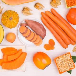 الفواكه والخضروات البرتقالية اللون