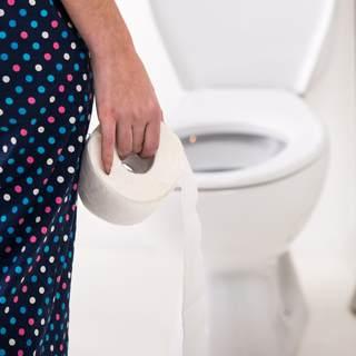 تنظيف الحمام