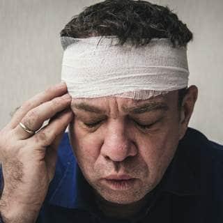 تلف الاعصاب في الرأس أو الرقبة