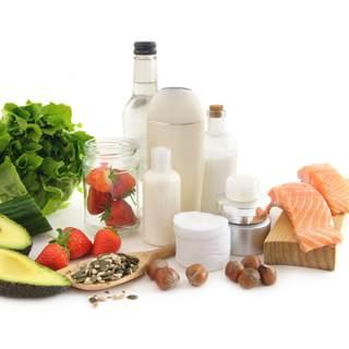 الأطعمة المسموحة والممنوعة اثناء الرضاعة