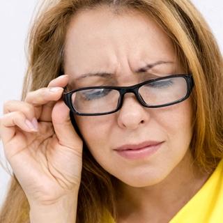 مشاكل العينين