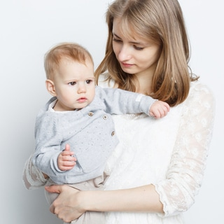 اعراض التوحد لدى طفل بعمر 3 شهور