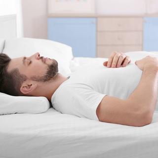 وضعية النوم على ظهرك