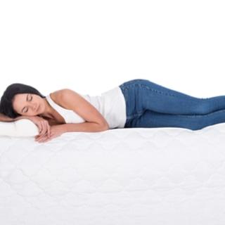 النوم على أحد الجانبين
