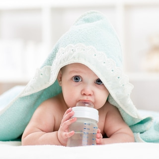 إذا عانى طفلك من طفح الحفاظ لا تعطيه الكثير من الماء