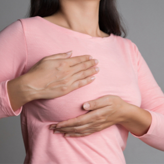 الألم وحنان الثدي