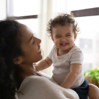 مرحلة التسنين عند الرضع