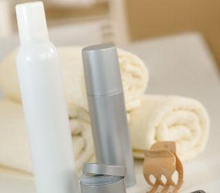 تغذية الشعر بواسطة استخدام مستحضرات أقنعة الشعر