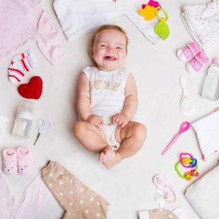 مستلزمات أطفال حديثي الولادة من الملابس