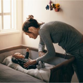 مستلزمات أطفال حديثي الولادة من لوازم النوم