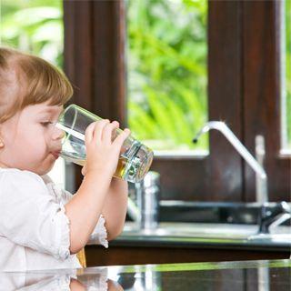 التعرض للفلور الموجود في مياه الحنفية