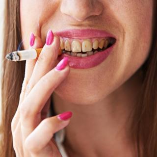 الاسنان واللثة