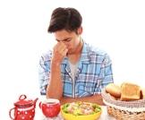 علاقة الطعام بالصداع